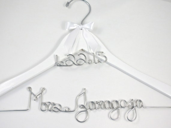 Personalized Bride Hanger with Date Charm for Wedding Dress and Bridal Party, Bride Hanger, Name Hanger, Wedding Date
