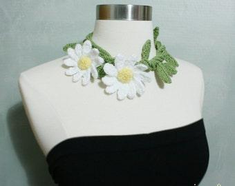 Crochet Daisy Flower Lariat/Neckwrap