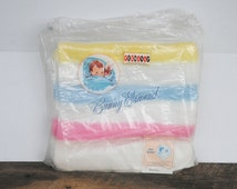 """Vintage Bunny Esmond  Baby Blanket White Yellow Blue Pink Coloring 36"""" x 50"""" The Esmond Mills Limited Granby Quebec"""