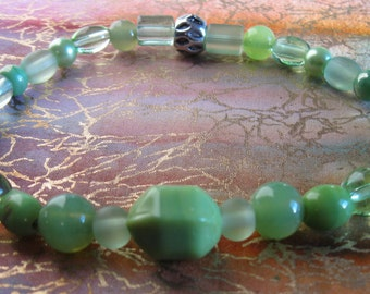Seafoam Green Beaded Stretch Anklet