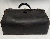 Antique Large Black Genuine Leather Gladstone Medical Doctor's Bag / Satchel / Briefcase / Tote