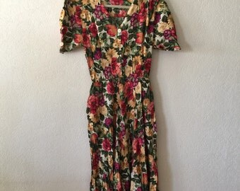 90's // Floral Dress