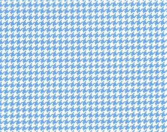Michael Miller Fabric by the yard Tiny Houndstooth in Boy 1 yard