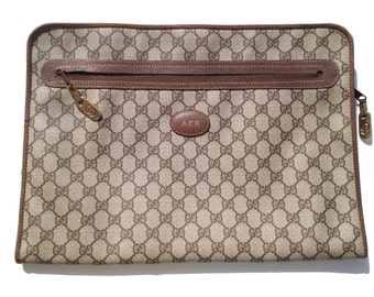 Gucci portfolio great for your Mac book like new