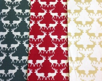 Riley blake postcards for santa reindeer design in green, red or gold by the half metre 100% cotton