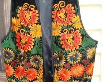 Vintage NBW Guatamalian FairTrade Embroidery on Velvet Vest Lg XLg