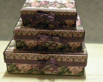 Miniature Storage or Gift Box Set of 3 Mauve and Green
