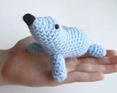 Amigurumi seal, stuffed seal, crochet seal, baby shower gift, boy nursery, crochet animal, sea animal, Waldorf toy, beach theme, ocean theme