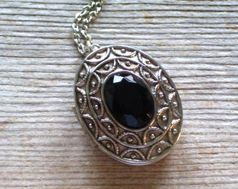 Vintage Silver Locket, Ornate Faux Black Onyx Oval Locket Pin Pendant Necklace