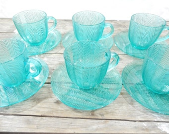 Turquoise Arcoroc cups and saucers, set of 6 Jardiniere Green, Chevron pattern, made in France