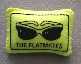 The Flatmates felt badge (4)