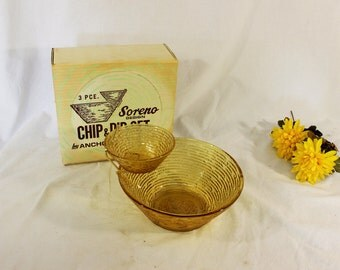 Mid Century Modern, vintage new in box dip and chip serving dish