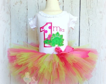 Girl dinosaur birthday outfit - 1st birthday outfit - dinosaur shirt - dinosaur tutu set - dinosaur party - pink and green dinosaur outfit
