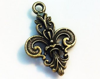 20pcs Antique Bronze Fleur De Lis Charm Pendants 16x25mm G107-2