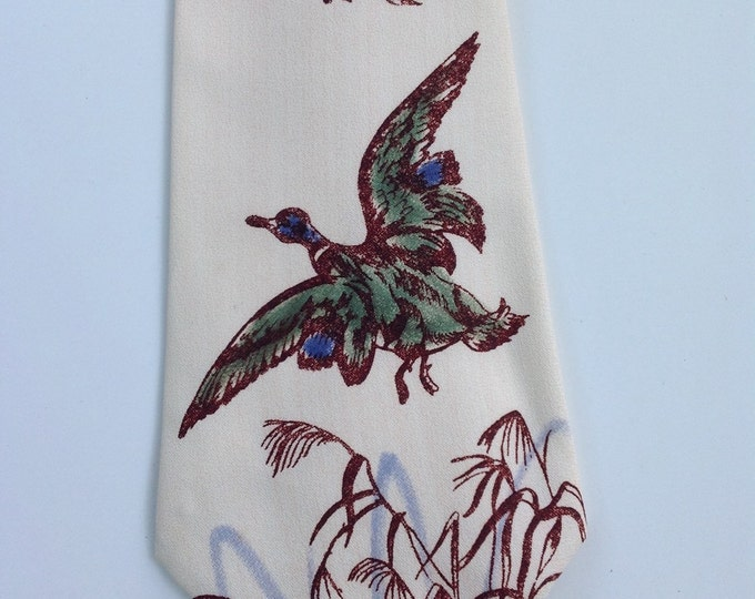 Vintage Hand Painted 1940's Necktie / 40s Men's Tie / Collectible / Mallard Ducks / Zoot Suit Tie