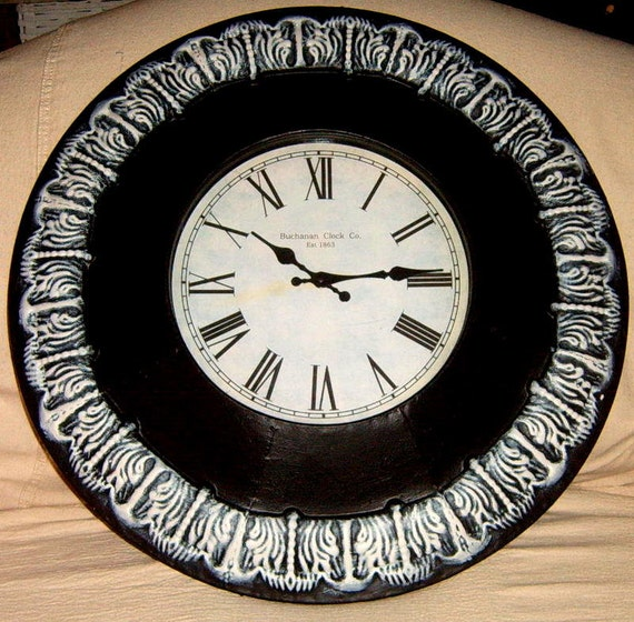 Wall Clock24 Inch Metal Wall Clock Black And White Painted