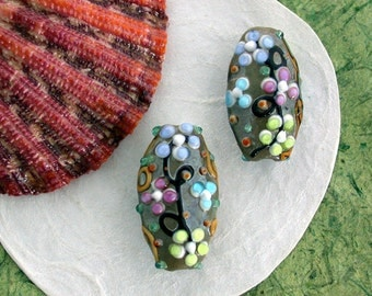 Lampwork Beads, Glass Beads, Oval Shaped Lampwork Beads, Hand Crafted Glass Beads, Flower Beads, Floral Beads GB-040