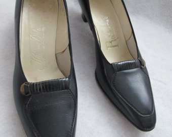 1950's or 60's Ladies Leather Oxford-like Black Shoes by HILL and DALE Size 6 1/2 A