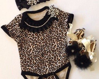 Baby girl DIVA take me home outfit leopard print bodysuit ruffled rhinestone bow lace headband leopard furry shoes