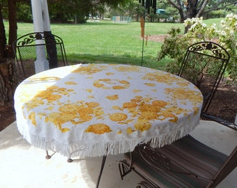 Vintage Round Tablecloth Linen Fringed Table Linen Luther Travis White and Gold