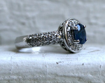 Vintage 14K White Gold Diamond and Sapphire Halo Wedding Ring Engagement Ring.