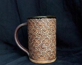 Lace imprinted coffee or tea mug