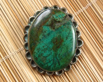 Mexican Green Stone and Silver Pendant