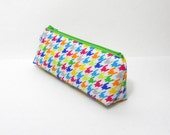 Small Pencil Case, Rainbow Hounds-Tooth, Crochet Hook Pouch, Purse Organizer, One of a Kind