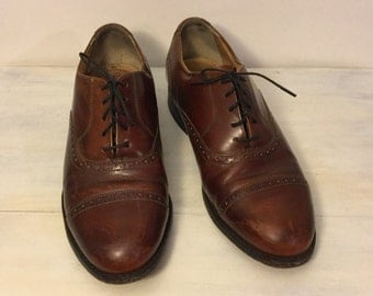 Vintage Thom McAn Mens Leather Wingtip Oxfords Made in USA