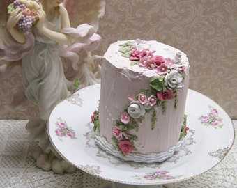 Three Rose Plate and Pink Cake