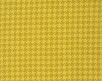 Ginger Snap by Heather Bailey for Free Spirit - Houndstooth - Ginger - 1/2 yard cotton quilt fabric 516