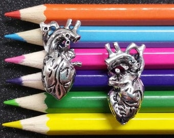 1 PC - Large Anatomical Heart Body Part Halloween Silver Charm Pendant C0972