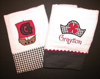 Pirate hat and pirate ship burp cloth set; Personalized, appliqued burp cloth set;