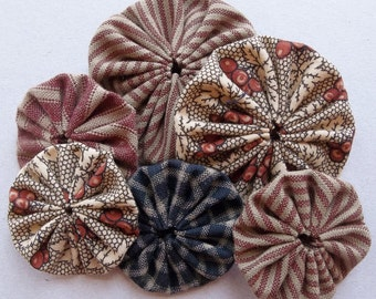 vintage inspired fabric yoyos in cranberry, black, tan and cream//striped, floral, checked--two sizes--mixed lot of 6