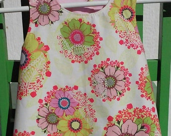 Little Girls Reversible Pinafore/Apron Size 1 to 3, Toddler Apron, Children, Little girl tops, Christmas Gift for Girls