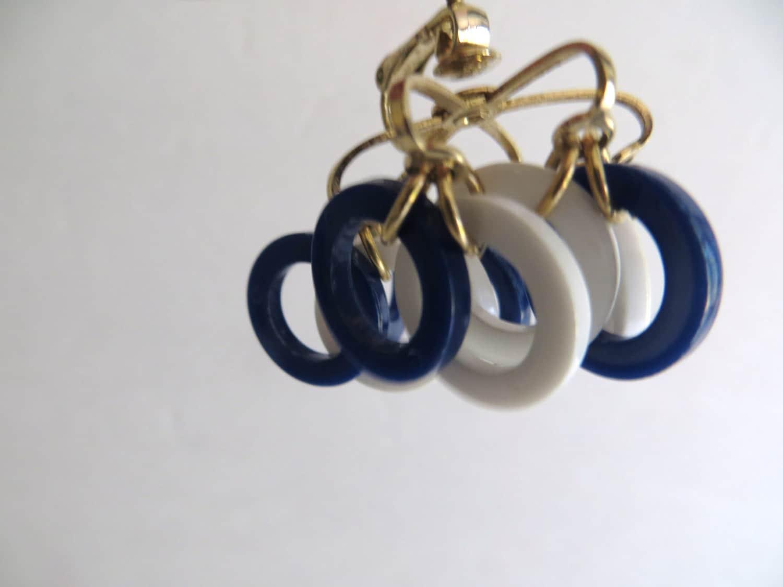 vintage 70s earrings blue white mod clip on back