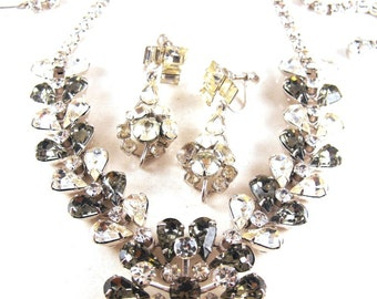 Rhinestone Necklace Bonus Earrings To Match Pale Gray Olivine And Clears Well Made Vintage Jewelry