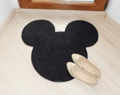 Kids room decor. Rug based in Mickey Mouse head, Disney.  Original and decorative custom doormat.