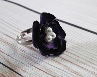 EGGPLANT satin flower ring, with faux pearls - size 6.5+ adjustable ring, aubergine bridesmaid jewelry, purple flower jewelry, ready to ship