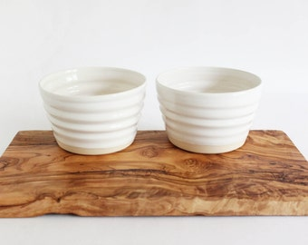 Ceramic gift set snack bowls and serving board set, pottery bowls and olive wood board hostess gift set
