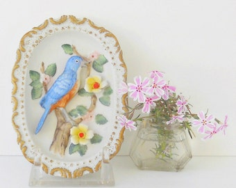 Vintage Homco Red Breasted Robin Oval Wall Plaque, Cottage Chic, Romantic Farmhouse, 3 Dimensional, Spring Home Decor