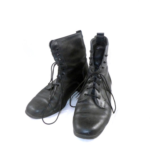 black leather vintage canadian made snow boots waterproof