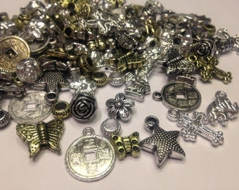 50 piece assorted acrylic bead and charm mix, 6-20 mm (A11)