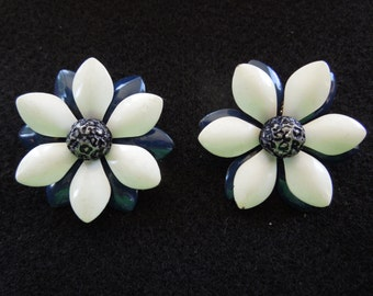 Vintage Clip Earrings, Floral, Blue and White with Black Center.