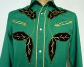 Awesome  - Karman 1950s 50s Vintage Men's Western Shirt. Medium M. Green w/ Black Flocked Leaves & Gold Embroidery Gold Piping. Gabardine.
