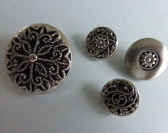 4 Silver Metal Buttons  LB545