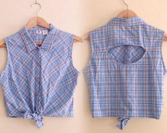 Vintage 90s Cropped Tie Front Top / Blue Sleeveless Plaid Button Down Shirt / Tie Up Blouse / Cutout Back Top