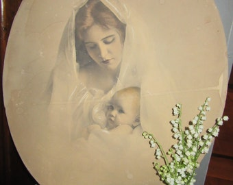 Cardstock Vintage Image of Mother and Child