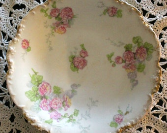JP Limoge 9 3/4 '' Beautiful Plate with Pink Flowers