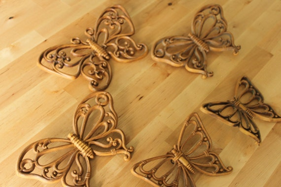 Bamboo look Vintage Homco wall art grouping of 5 Brown Bamboo Wood Butterflies Small Med and Large 1970s
